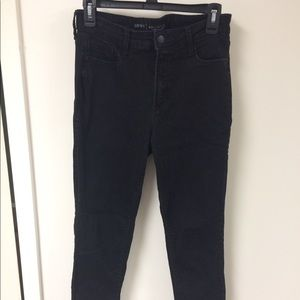 Old navy Rockstar black jeans, size 8